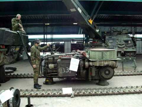 Leopard 2 Motor Start Up Youtube