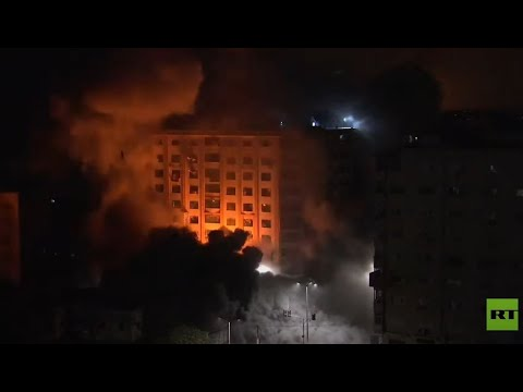 لحظة استهداف برج سكني في غزة  - نشر قبل 1 ساعة