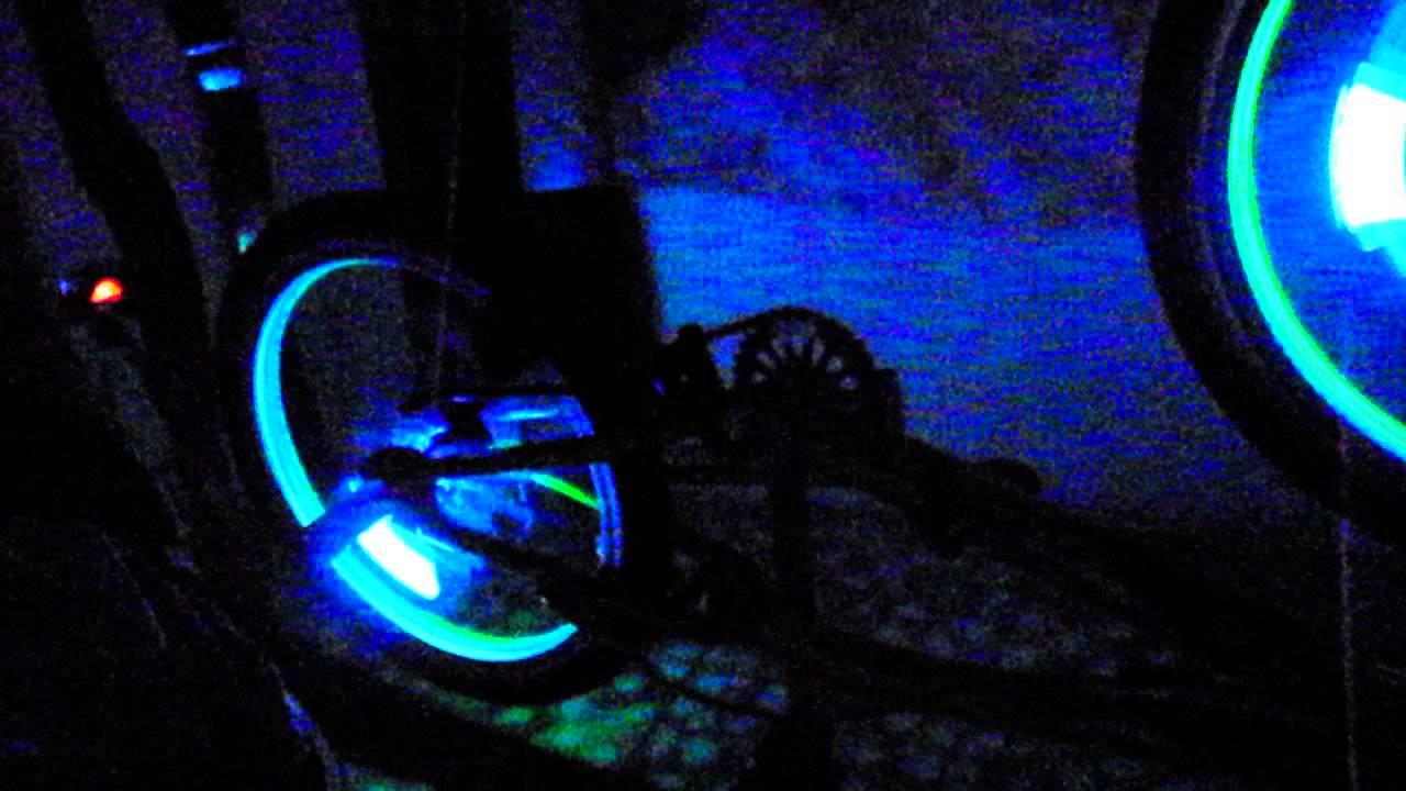 El Wire BMX, TRON Bike - YouTube