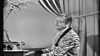 Ernie Kovacs as  Percy Dovetonsils - Beethoven