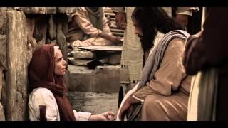 イエスは信仰によって衣にさわった女の病気を癒される。