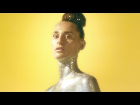 YELLE - OMG!!! (Official Video)