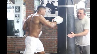 ANTHONY JOSHUA SMASHES HEAVY BAG - AS ROB McCRACKEN GIVES INSTRUCTIONS (EXCLUSIVE TRAINING FOOTAGE)