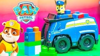 PAW PATROL Nickelodeon Paw Patrol Chase Blocks Cruiser a Paw Patrol Video Toy Review
