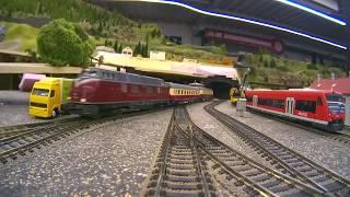 Modelleisenbahn-Führerstandsmitfahrt Modellbahn am Rothaarsteig mit Fahrt durch den Schattenbahnhof