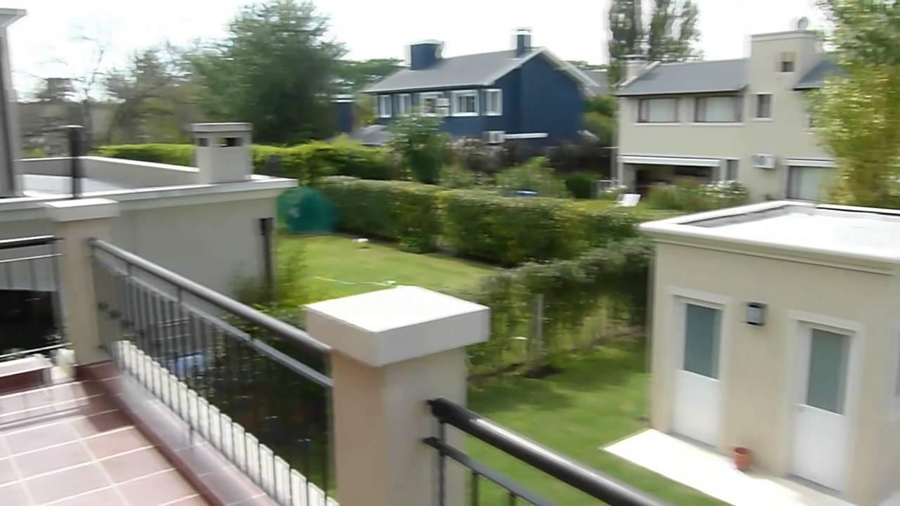 Barrio cerrado altos del sol casa minimalista en dos for Plantas casas minimalistas
