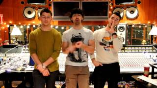 Jonas Brothers - T4F Time For Fun Facebook