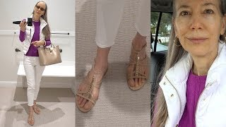 Vlog/Over 50: Ugly Feet, No Makeup Chat; Shopping Whole Foods; Puffer Vest & Jeans / Classic Fashion