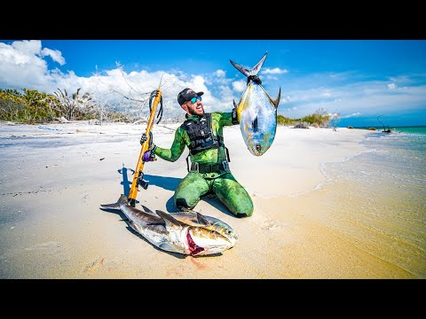 Spearfishing For Survival While Surviving At Sea For 7 Days!! (stranded Houseboat)