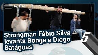 Baixar Strongman Fábio Silva levanta Bonga e Diogo Batáguas   5 Para a Meia-Noite   RTP