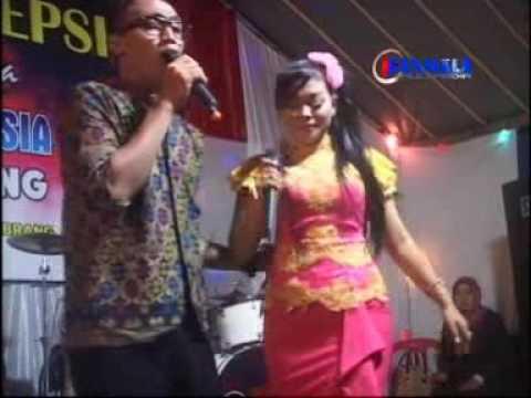 Birunya Cinta Voc.Atin & Kincer = Areva Music live Gebyar Kemerdekaan Sabrang Pojok Mojogedang