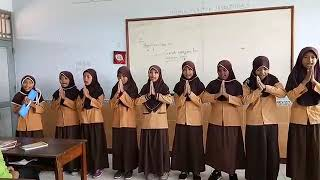 Gambar cover lagu mariam tomong oleh anak-anak kelas 6A MIN Sukoharjo