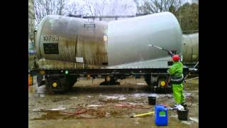 Train / Wagon / Tanker Cleaning and Graffiti Removal