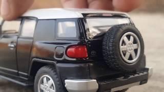 Toyota FJ Cruiser 2018 Model 1:18 Scale Diecast Model Car Review