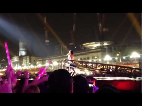 Katy Perry - California Girls @ F1 Singapore