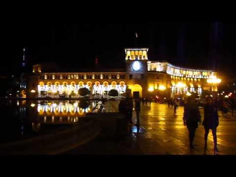 Армения. Ереван. Площадь  республики.