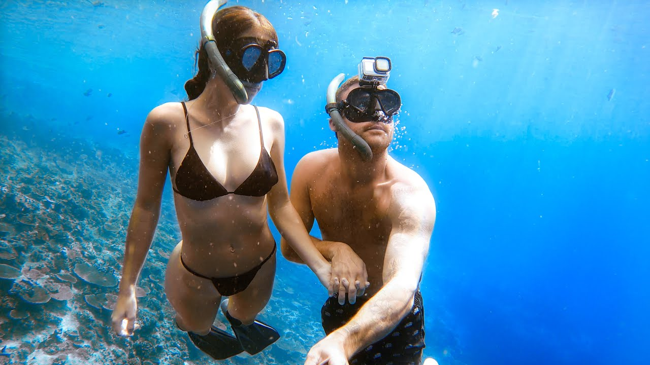 Exploring a CRAZY Underwater Cave - CRAYFISH Catch and Cook - Living On A Tropical Island