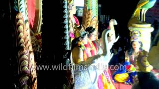 Repeat youtube video Kerala hosts Pulikali or Tiger dance festival in Thrissur