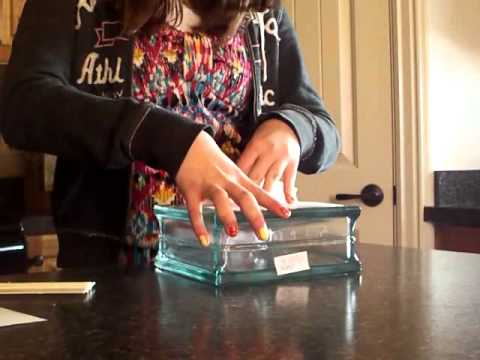 How to apply vinyl to a glass block