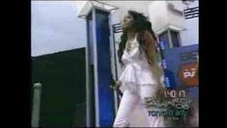 Letoya Torn Performance