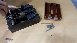 разборка гигантского автоматического выключателя на цветмет