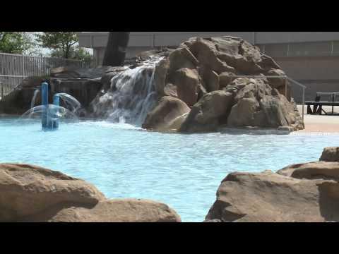 UH Moment: Aquatics Facility Named Top Ten in Nation