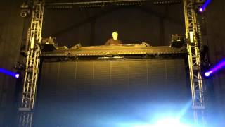 flux pavilion vibrate countdown nye 2015