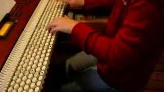クロマトーン(chromatone)という楽器で弾いてます! クロマトーンとは、...