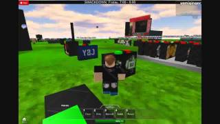 my wwe game from roblox (plz how to get the trons working)