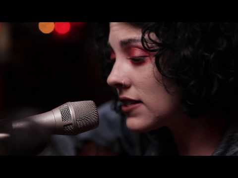Pale Waves - Eighteen (Clubhouse Austin Session)