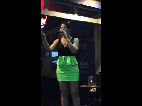 Contestant #129, Jersey Shore Karaoke Idol(TM)  Competition Steel Pier Atlantic City NJ
