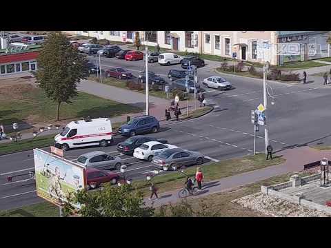 Кобрин. Дзержинского - 700 летия Кобрина. Ребенок попал под машину, 25.09.2019