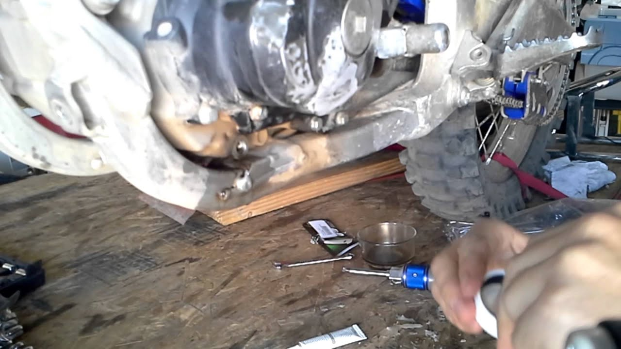 How To Use Jb Weld On A Cracked Engine Case Youtube Kawasaki Vulcan 750 Wiring Diagram
