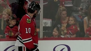 Patrick Sharp gets in some family time prior to Game 4