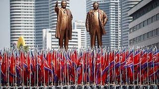 """Pyongyang a un passo dalla guerra celebra il """"Giorno del Sole"""""""