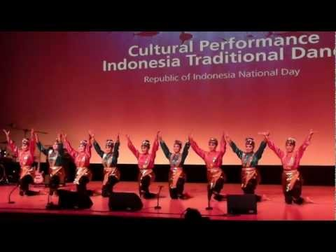 Indonesian cultural performance at Yeosu expo