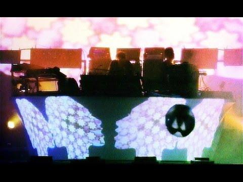 The Chemical Brothers - Star Guitar (Live At Fuji Rock Festival, Japan, 2002)