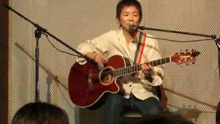 11月5日(土)、大阪北区にあるdo with cafeで開催された関西レインボーパレード2011のアフターパーティー『もっと!関パレ』。その中で行われたシンガーソングライター笹野 ...