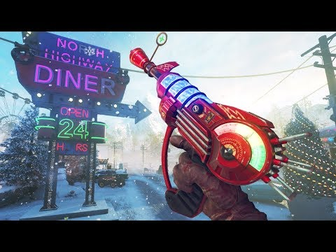 'Evil Christmas' MY FAVORITE ZOMBIES MAP OF ALL TIME!!! (Call of Duty Christmas Zombies)