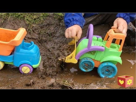 Trucks in Mud for kids   Bellboxes