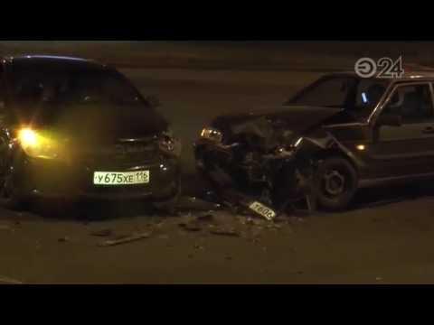 В Приволжском районе произошла авария с участием автомобилей «Лада» и Opel