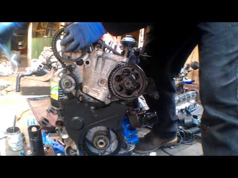 Фото к видео: Timing belt on an XUD motor