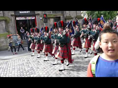 The Black Watch Parade The Royal Mile With The Crown Of Scotland 2016 [4K/UHD]