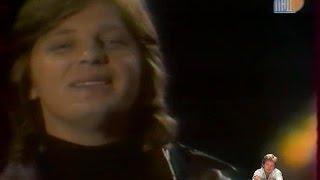 Download Юрий Антонов - Не забывай. Начало 80-х Mp3 and Videos