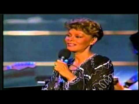 Dionne Warwick — Make It Easy On Yourself (1996)
