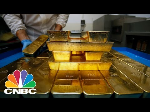 Gold Just Did Something It Hasn't Done In Three Years | Trading Nation | CNBC