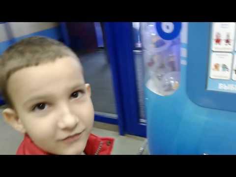 Видео Игровой автомат с игрушками цена