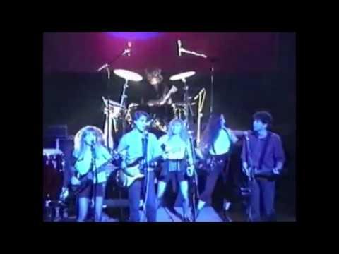 Tom Tom Club + David Byrne + Jerry Harrison - Psycho Killer (Live at The Ritz, 1989) Talking Heads