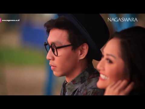 Siti Badriah - Ketemu Mantan Download Radio
