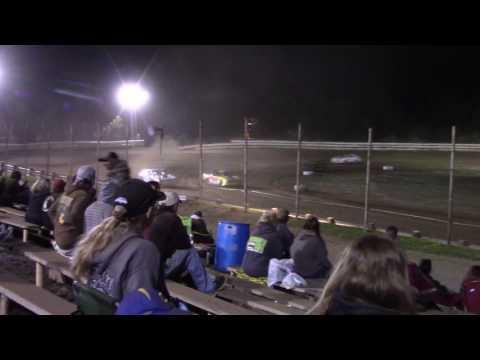 Hummingbird Speedway (7-8-17): Sunny 106.5 FM Pure Stock Feature